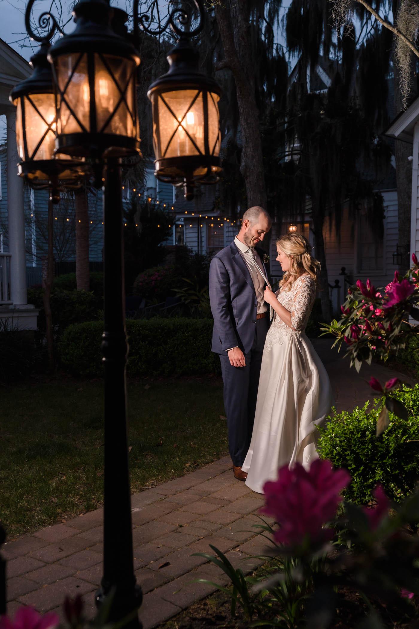 Lowcounty Garden Wedding The Beaufort Inn Tabby Garden