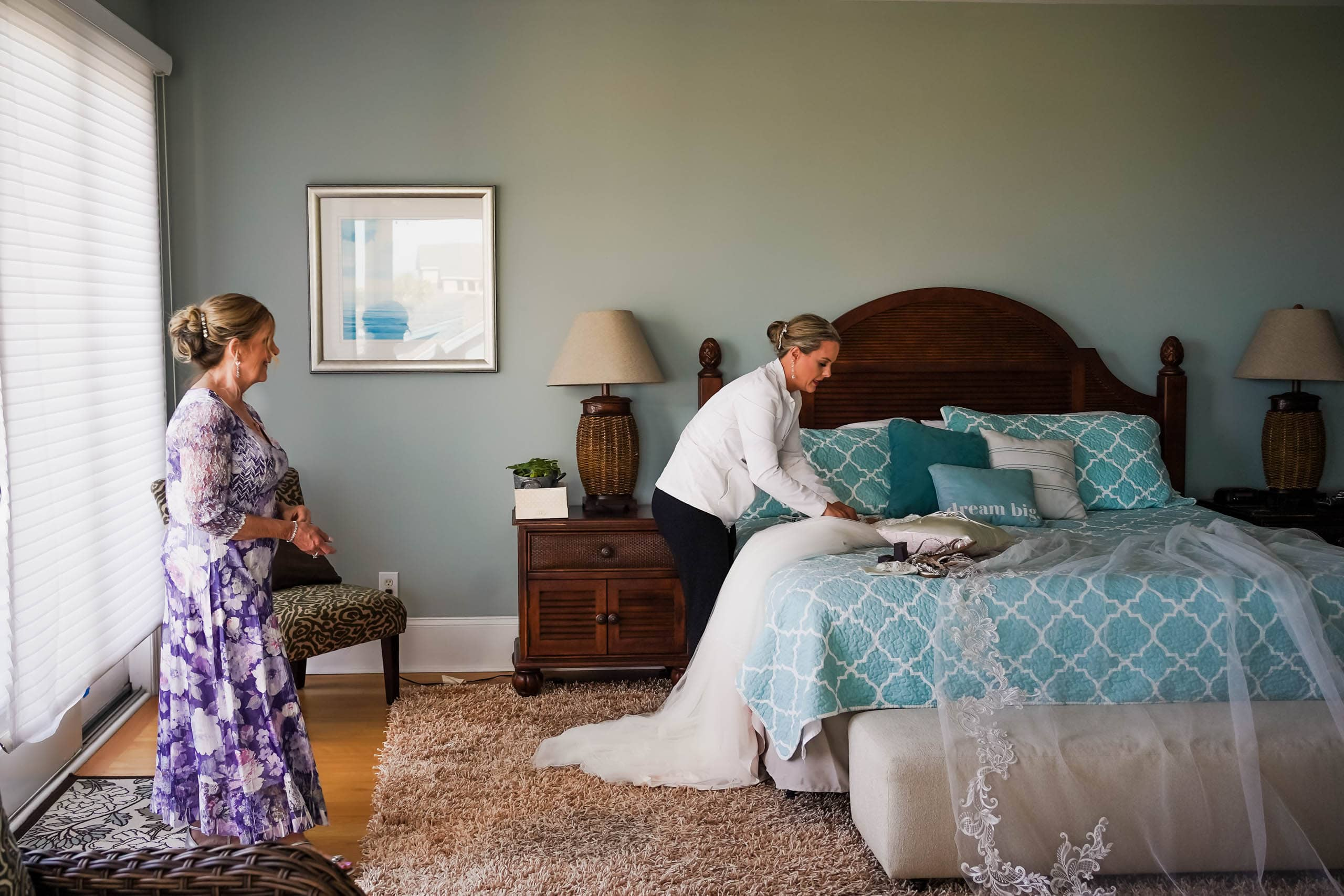 Bride and mother of the bride getting ready in beach house on Fripp Island by Susan DeLoach photography SC Wedding Photographer