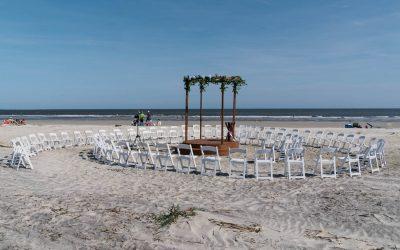 Fripp Island Beach Wedding | Julia + Chris | Susan DeLoach Photography